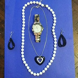 Accessories - Classy Girl 4 piece Jewelry Set